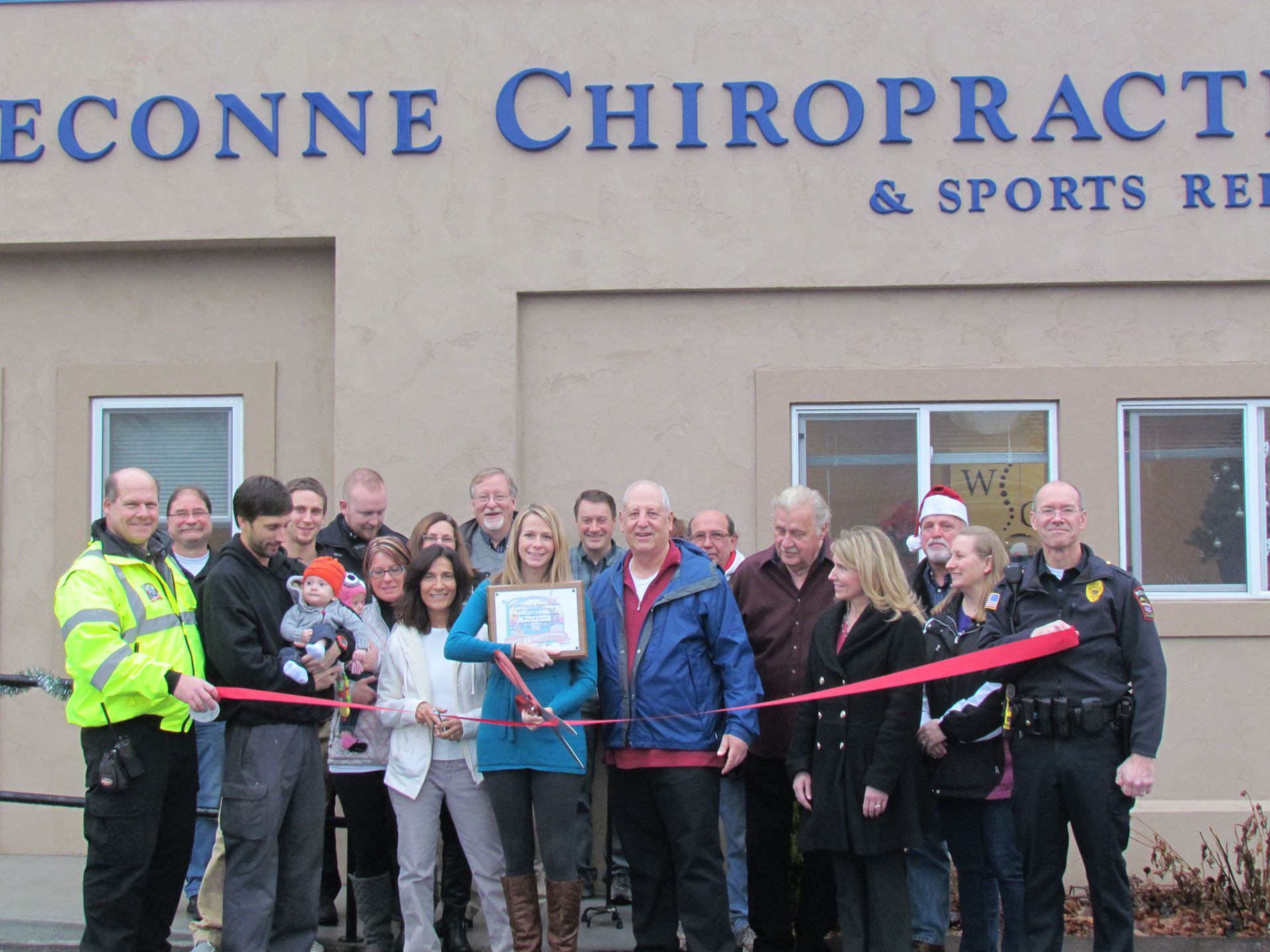 Winneconne Chiropractic Ribbon Cuttin (10)